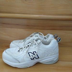 New balance women's shoes size 6